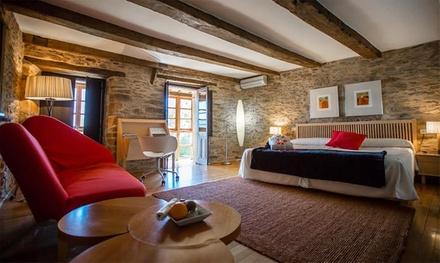 Puebla de Sanabria: 1 o 2 noches en suite con bañera hidromasaje y detalle romántico en la Posada Real La Cartería 4*