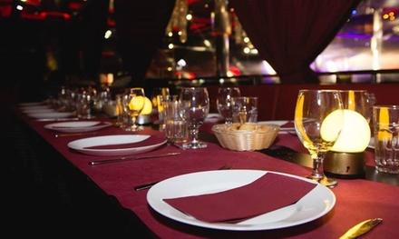 Cena para 2 con espectáculo y acceso a discoteca para 2, 4 o 6 personas desde 39 € en Occo Club Sevilla