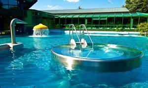 Badlantic Freizeitbad: Tageskarte Frei- und Hallenbad für 2 Erwachsene, opt. mit 2 Kindern, für das Badlantic Freizeitbad (bis zu 41% sparen*)