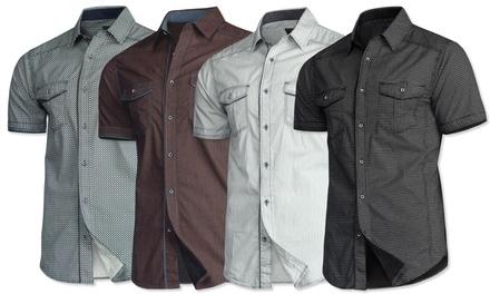 Trisens Design Hemd aus 100% Baumwolle mit kurzen Ärmeln und kontrastfarbiger Knopfleiste in der Farbe nach Wahl
