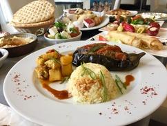 Restaurant Mezes: 2 menus au choix en duo dès à 21 € chez Restaurant Mezes