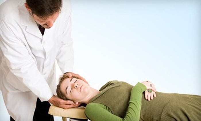 Hirsh Chiropractic Center - South Laurel: $45 for a Three-Visit Chiropractic Package with Hydro-Massages at Hirsh Chiropractic Center ($495 Value)