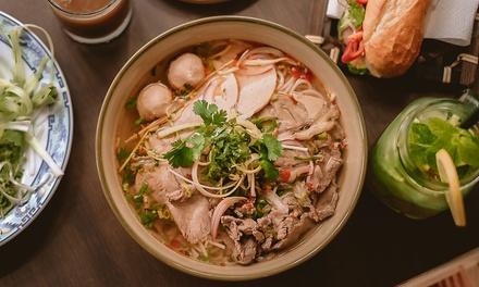 Vietnamesisches 3-Gänge-Menü à la carte für 2 oder 4 Pers. bei Ruelle No 13 Vietnamese Eatery & Bar (bis zu 32% sparen*)
