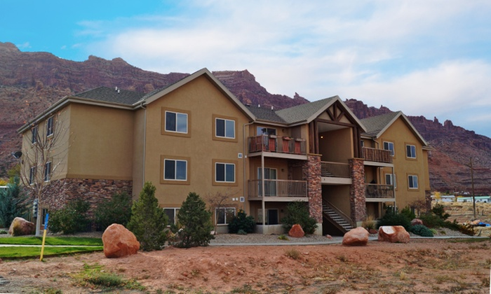 Red Cliffs Condos by Moab Lodging - Moab, UT: Stay at Red Cliffs Condos by Moab Lodging in Moab, UT, with Dates into December
