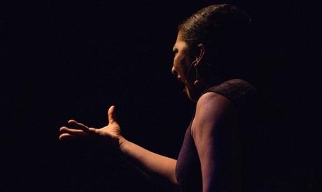 Entrada a espectáculo de flamenco para 2, 4 o 6 con clase teórica y copa de sangría desde 22,99 € en Tablaito La Gloria