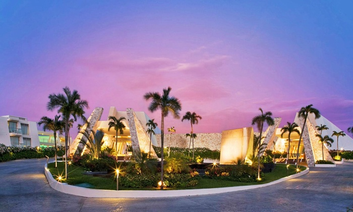 3- or 5-Night Grand Sirenis Riviera Maya w/ Air from Travel by Jen