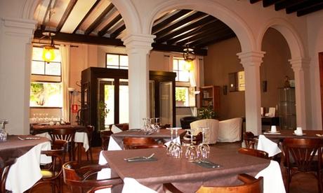 Menú para 2 o 4 con surtido de entrantes, principal, postre y bebida desde 29,95 € en Restaurante S'Hostal D´Esporles