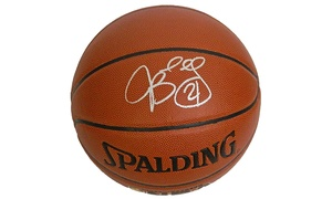 Schwartz Sports Memorabilia: Signed Chicago Bulls Memorabilia from Schwartz Sports Memorabilia (Up to $95 Off). Four Options Available.