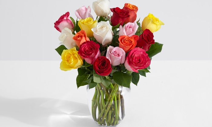 ProFlowers 18 Assorted Roses with Glass Ginger Vase