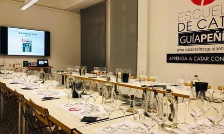 Curso sistemático del vino español o cata temática para 1, 2 o 4 personas en Guía Peñín (hasta 56% de descuento)