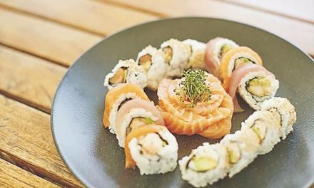 Exklusives 3-Gänge-Sushi-Menü mit Dessert für 2 oder 4 Personen im Restaurant Masushi (bis zu 38% sparen*)