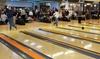 Bowling Arena - Bowling Arena: 2 oder 3 Std. Sonntags-Bowling für bis zu 8 Pers. inkl. Leihschuhen und Nachos in der Bowling Arena (bis zu 53% sparen)
