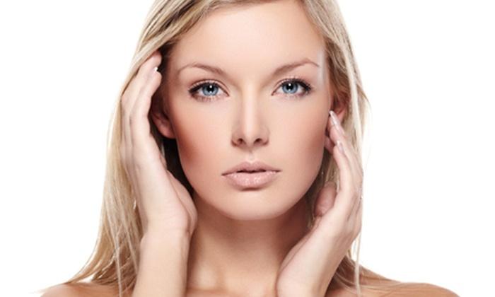 Klinika Urody & SPA  Team Beauty - Klinika Urody & Spa Team Beauty: Intensywnie odmładzający pakiet z witaminą C (od 129 zł) lub pakiet relaks i wyciszenie (od 299 zł) w Team Beauty