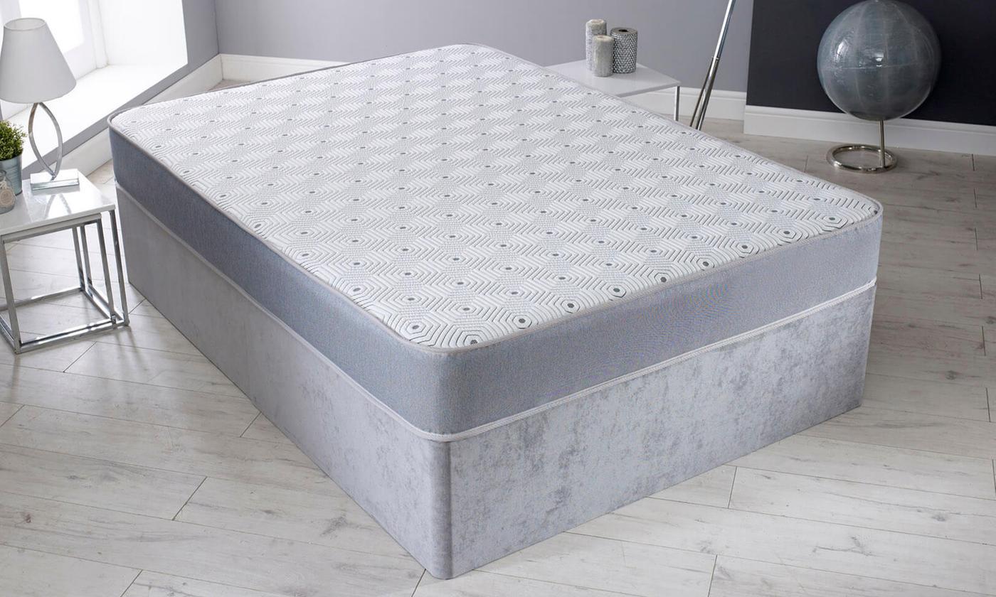 Hybrid Memory Foam Spring Mattress for £75