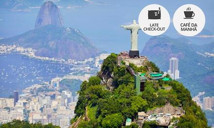 Copacabana: até 7 noites para 2 + café da manhã (opções no fim do ano) no Hotel Angrense
