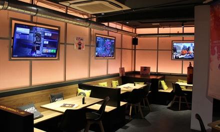 Menú gamer para 2 personas con entrante, principal, postre, bebida y hora de juego por 19,95 € en Oh My Game