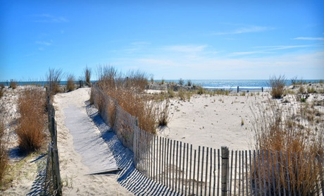 Oceanfront Inn Minutes from Atlantic City