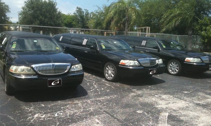 Gianni's Limo - Palm Beach: One Hour of Limo Rental from Gianni's Limo (75% Off)