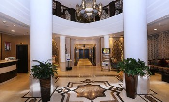 Sharjah: 4* Stay with Breakfast