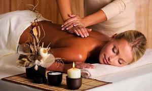 Fino a 3 massaggi a scelta da 50 minuti al centro Beauty House, zona Cinecittà (sconto fino a 71%)