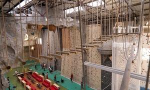 Le Mur de Lyon- Lyon Escalade: Cours découverte pour adultes ou demi-journée d'escalade pour enfant et adolescent dès 9 € au Mur de Lyon- Lyon Escalade