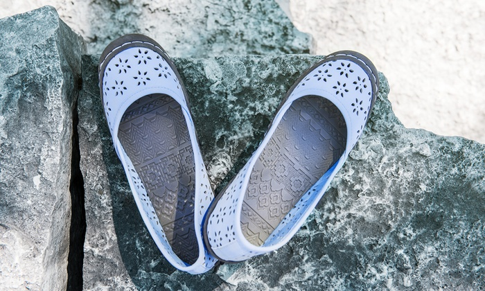 Muk Luks Women's Sandy Slip-On Shoes
