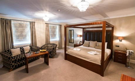Nottinghamshire: 1 or 2 Nights for Two with Breakfast and Prosecco at Best Western Lion Hotel