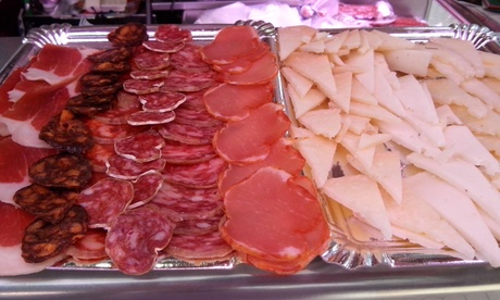Mercado Central: degustación de jamón y embutidos ibéricos, bandeja de quesos curados y vino para 2 o 4 desde 8,90€ Oferta en Groupon