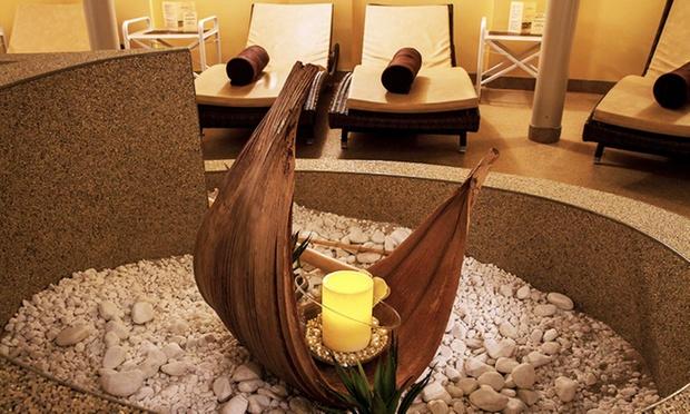 precious spa im park inn in berlin berlin groupon. Black Bedroom Furniture Sets. Home Design Ideas