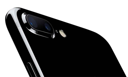 iPhone 7 Plus 128GB for £14 on a 20GB EE Plan with Unlimited Minutes, Texts and Free Delivery