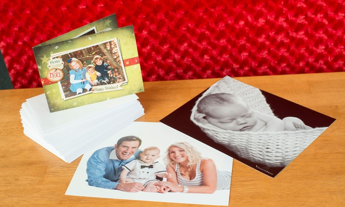 Creative Photo - Columbia: $75 for One-Hour Photo Session with Preview and 50 Holiday Cards at Creative Photo ($150 Value)