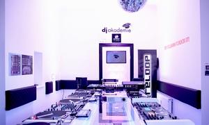 Dj Akademie: 1- oder 2-Tages-Power-DJ-Workshop inkl. Softdrinks für eine Person in der Dj Akademie (bis zu 61% sparen*)