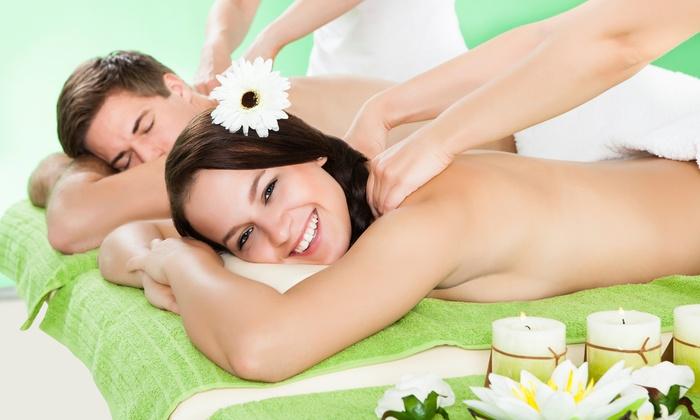 Pareja masaje trabajo de mano
