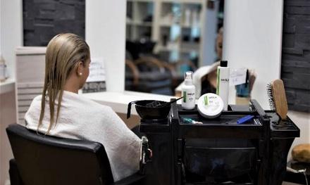 Taglio, piega, colore e trattamenti vari opzionali al salone HHstyle di Castelfranco Veneto (sconto fino a 67%)