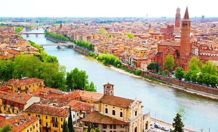 חופשת פסח בצפון איטליה: חבילת נופש הכוללת טיסות לורונה, רכב צמוד ו-6/7 לילות בכפר נופש באגם גארדה, החל מ-$799בלבד לאדם!