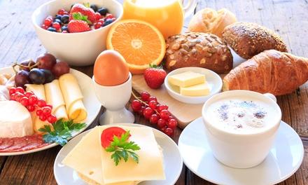 """""""Tatkraft"""" Frühstück inkl.Orangensaft für 1 bis 4 Personen im Bistro Tatkraft (bis zu 34% sparen*)"""