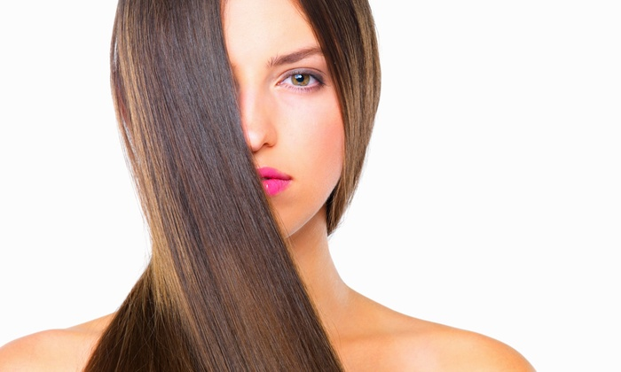 Roque Beauty Lounge - The Lashe Spot Lincoln Park: One or Three Blowouts or Haircut with a Deep-Conditioning Treatment and Blow-Dry at Roque Beauty Lounge (Up to 68% Off)