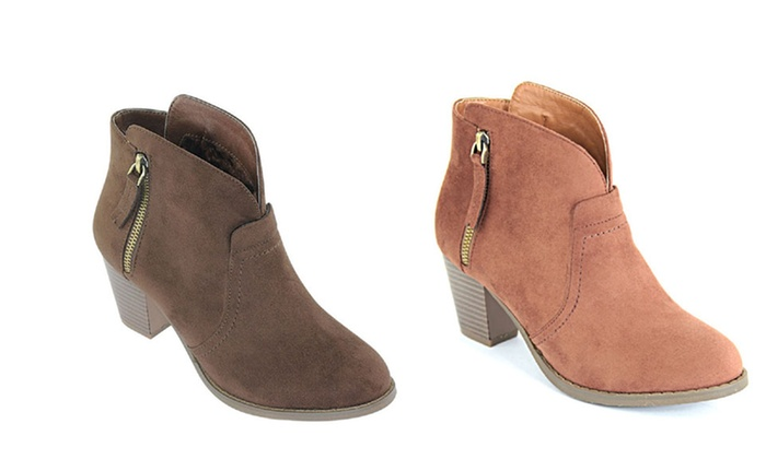 f3a478a9dcfe Up To 75% Off on Mata Shoes Chunky Ankle Booties