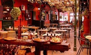 La Caballeriza Martínez II: Desde $449 por almuerzo o cena para 2 o 4 personas: parrillada + guarnición + copa de vino + postre en La Caballeriza