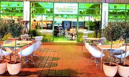 Menú para 2 o 4 con entrante, principal, postre y bebida en El Jardinet del Port Forum (hasta 53% de descuento)