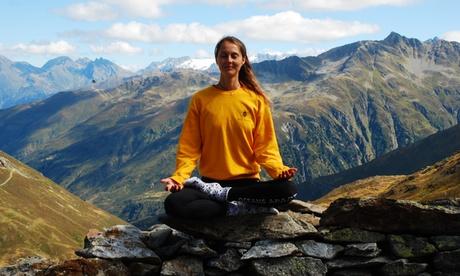 3er- oder 5er-Karte für Vinyasa-Yoga-Stunden à 75 Min. bei YogaGlow