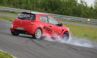 Drift de 30, 45 ou 60 minutes, sensation de glisse au volant de la clio RS dès 69 € chez Rallye Roots