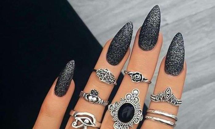 Manicura y puesta de uñas de gel - Ani Beauty | Groupon