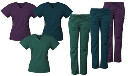 Medgear Women's 12-Pocket Scrub Set With Snap Detail