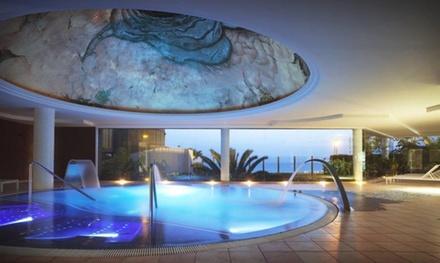 Acceso a spa para 2 personas con copa de cava y snack por 29,90 € en Spa Roca Nivaria