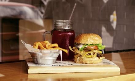 Menú para 2 o 4 personas con entrante, principal y bebida en Well Food Gourmet (hasta 53% de descuento)