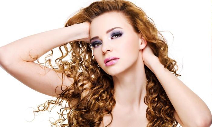 Mingoni Valerio - Mingoni Valerio: Bellezza capelli con taglio e trattamenti come colore ed effetti luce da 16,90 €