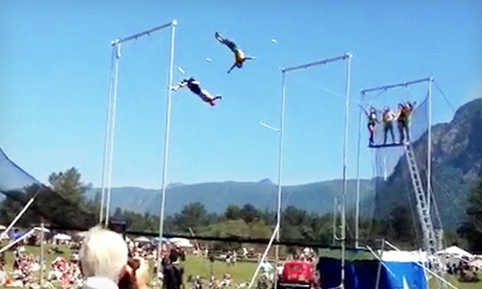 Emerald City Trapeze Arts - Snoqualmie Valley: $20 for Admission to Circus Day at Mountain Meadows Farm from Emerald City Trapeze Arts ($40 Value)