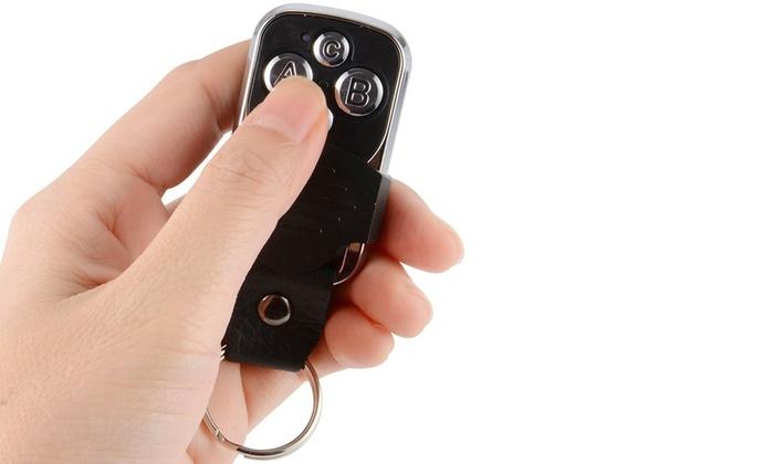 Groupon Goods Global GmbH: Télécommande universelle copieuse AZ Remote pour portail, lumière, alarme, porte de garage...