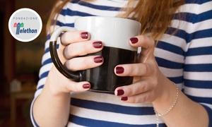 Free Style Genova: Manicure e pedicure con smalto semipermanente da Free Style Genova